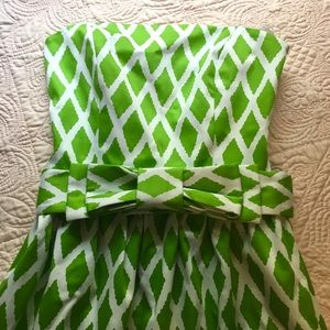 Strapless Green Knee Length Dress